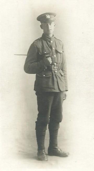 Unknown soldier (photo 3)