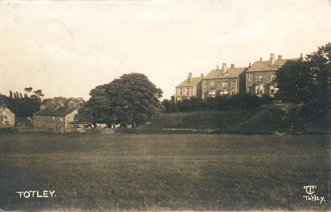 The Evans Family lived at Hill Crest, on the far right of this photograph taken in the 1910s from the school field.