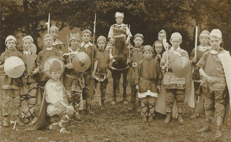 King Ecgbert Pageant, July 1909. King Ecgbert and his soldiers.