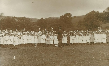 King Ecgbert Pageant, July 1909. The Chorus