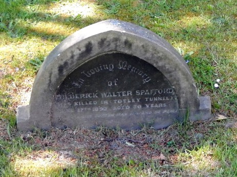 Gravestone of Frederick Walter Spafford, Dore Christ Church
